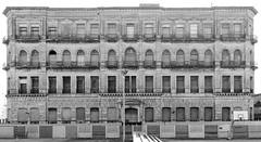(Bernardo Borges) Tags: old building abandoned arquitetura architecture uruguay arquitectura centro prdio montevideo antigo abandonado histrico montevidu uruguai montevideu configuracin
