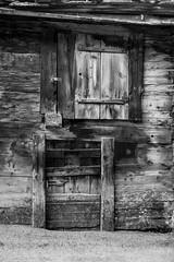 DSC09371_s (AndiP66) Tags: wood winter white black mountains alps schweiz switzerland berge zermatt alpen holz weiss wallis schwarz valais woodenhouses andreaspeters hlzhuser