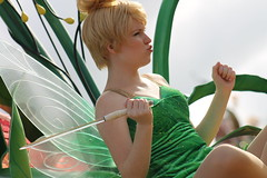 Tinkerbell (mediumhero6) Tags: face orlando mine florida character parks tinkerbell peterpan disney parade wdw waltdisneyworld mk magickingdom mainstreetusa fof disneyparks facecharacter festivaloffantasy
