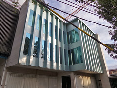 Faux Modernism (That's not the way Debbigail depicted (using album) Tags: denpasar bali building gedung architecture arsitektur office kantor