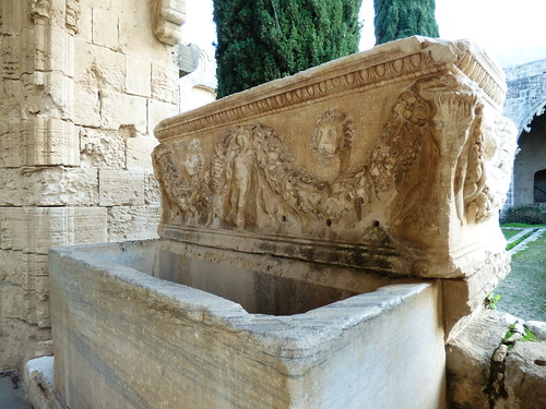 Bellapais Abbey, cloister - sarcophagus, water fountain (2)