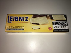 Leibniz Kakaokeks Black'n White (Like_the_Grand_Canyon) Tags: cookies keks