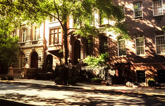 New York City Townhouses (Vivienne Gucwa) Tags: city nyc newyorkcity urban newyork architecture cityscape manhattan urbannature nycstreet brownstones townhouses urbanphotography newyorkstreet nycphoto cityphotography newyorkphoto newyorkphotography viviennegucwa viviennegucwaphotography