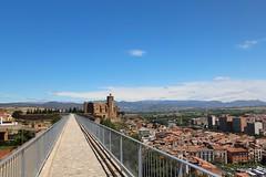 Tot recta, no t prdua (Albert T M) Tags: day catalonia clear catalunya balaguer lanoguera catalogne