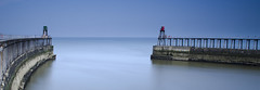 Whitby Harbour Entrance (Delta Skies) Tags: pier big long exposure 10 yorkshire north stop lee whitby stopper