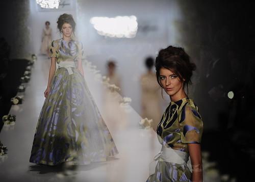 Показ коллекции модного дома IGOR GULYAEV на Mercedes-Benz Fashion Week Russia|trn