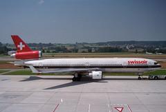 Swissair MD-11; HB-IWI@ZRH;15.07.1996 (Aero Icarus) Tags: plane aircraft negativescan flugzeug avion md11 swissair zrh trijet zürichkloten flughafenzürich july1996 hbiwi