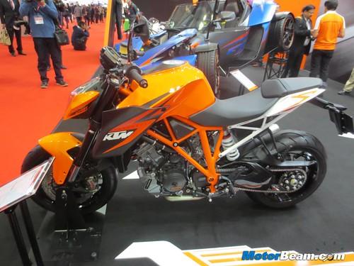 KTM-Tokyo-Motor-Show-2013-04