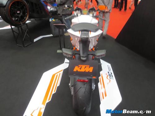 KTM-Tokyo-Motor-Show-2013-16