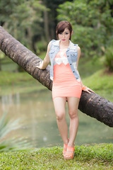 IMG_0276-2 (Irwin Day) Tags: canon felicia indonesia prime model 85mm jakarta taman chant langsat