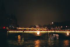 la Seine (Tamta) Tags: paris film seine canonae1 fuji400