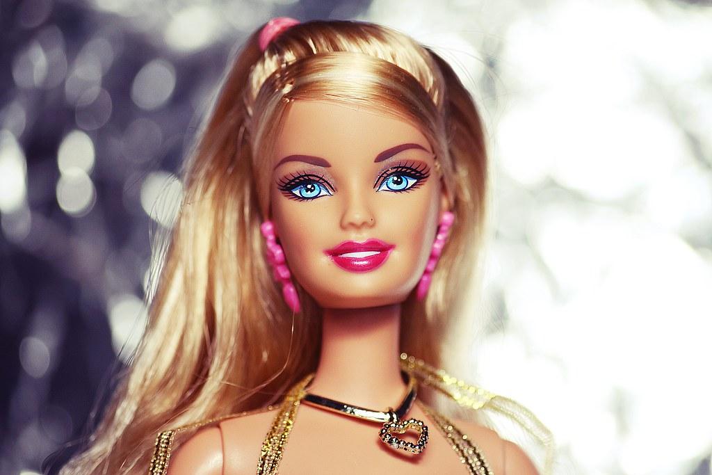 Barbie fashionistas in the spotlight glam doll 47