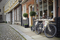 Elm Hill [82/365 2017] (steven.kemp) Tags: elm hill cobbled street road norwich norfolk england tudor medieval historic bike cycle trumans barbers shop