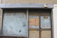 ALMANSA (veoletras) Tags: ghost sign ghostsign veoletras comercio rotulo typo typography zine photobook tipo icono madrid grafico diseño