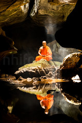Name this a name! PLs (trai_thang1211) Tags: monk serene tranquility peaceful peace silence cave reflect reflection mirror water