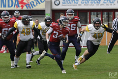 "26. März 2017_Sen-007.jpg<br /><span style=""font-size:0.8em;"">Bern Grizzlies @ Calanda Broncos 26.03.2017 Stadion Ringstrasse, Chur<br /><br />© <a href=""http://www.popcornphotography.ch"" rel=""nofollow"">popcorn photography</a> by Stefan Rutschmann</span> • <a style=""font-size:0.8em;"" href=""http://www.flickr.com/photos/61009887@N04/33686399445/"" target=""_blank"">View on Flickr</a>"