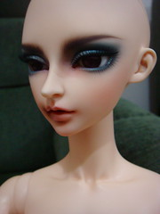 Aeron arrives (TeaPartyRevolution) Tags: bjd aeron fairyland limitededition breakaway balljointeddoll ssd feeple feeple70