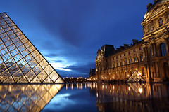 Louvre at Night (arka02) Tags: blue light paris france reflection museum night lights twilight long exposure pyramid dusk louvre hour arka02