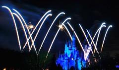 Magic Kingdom Dec-2011 (wdwSteve) Tags: magic kingdom disneyworld nikond90 sigma1750mmf28