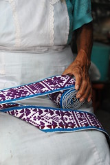 Hands of a Weaver Mexico (Ilhuicamina) Tags: belt clothing df belts sash mexicanos weaver textiles weaving ropa tejidos faja milpaalta