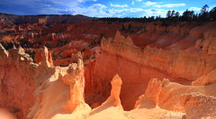 IMG_3055: Bryce Canyon NP (Shawn-Yang) Tags: park sunset red sun stone sunrise canon point landscape canyon national 5d bryce landschaft