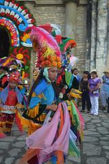 DSC_0163 (xavo_rob) Tags: ballet colors de mexico dance nikon couleurs danza danse colores mexique tufts veracruz colori mexiko farben danzas messico nicon  sanmiguelarcangel penacho  penachos  balletti zozocolco  xavorob nikond5100 danzamorosycristianos trapuntare