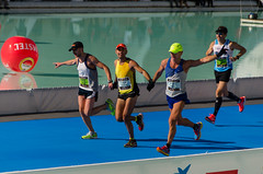 Maratn Divina Pastora - Valencia (Andrea Bulhosa) Tags: people espaa valencia andrea marathon personas competicion velocidad maraton carrera competencia bulhosa