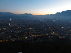 View over Grenoble from La Bastille @ sunset (Hlne_D) Tags: sunset mountain france alps montagne alpes grenoble river day chartreuse rivire clear coucherdesoleil isre rhnealpes labastille massifdelachartreuse hlned projectweather