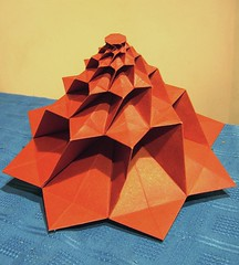 Flower Tower - Chris Palmer (Gastón Origami) Tags: origami chrispalmer flowertower gastongiambelluca