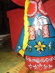 MUÑECAS (chipotlearteartesanias) Tags: colores papel muñecas artesania cartoneria