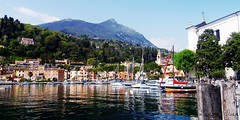 Toscolano Maderno  - (IVAN 63) Tags: italy lake lago see landscapes garda italia beaches paesaggi brescia lombardia limone sirmione gardalake lagodigarda spiagge alpinelakes   sal limonedelgarda laghialpini desnzano