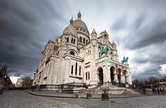 WIND BLOWING (Rober1000x) Tags: longexposure paris france church architecture clouds arquitectura europa europe montmartre sacrecoeur architect francia 2014