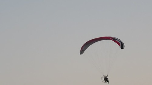 Saturday, 8th, Watching the paraglider MVI_5473