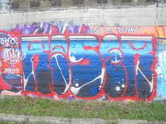 164 (en-ri) Tags: reser 2016 rosso blu parco dora torino wall muro graffiti writing