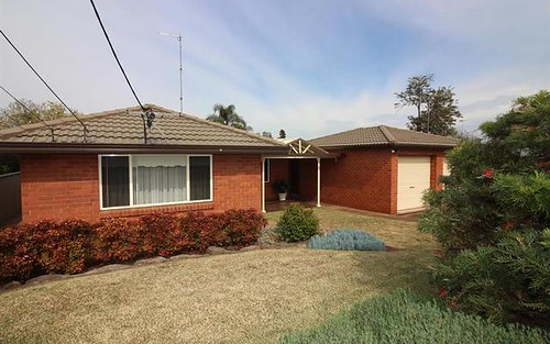 18 Richard St, Colyton NSW 2760