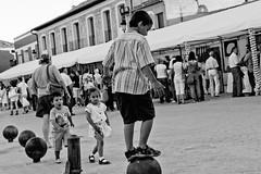 (^ ^ Saha) Tags: street feria valladolid callejeando portillo ajo avoleo