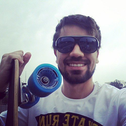 #SkateRun #EsporteRadical #Skate #Longboarding #BeHealthy #Sampa