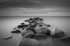 Ruhe (Sascha Gebhardt Photography) Tags: nikon stones nikkor ostsee vpu l01 2470mm d300s grosenbrode wwwsixpodde