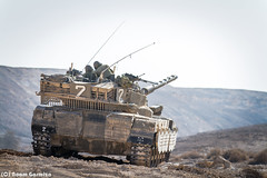 Fixing Something 2 (EagleXDV) Tags: training canon army israel sand tank desert exercise action military armor weapon transportation vehicle soldiers dust combat armour turret idf merkava