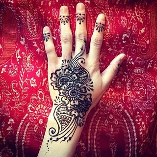 Freestyle hand #meghansmehndi #henna #mehndi