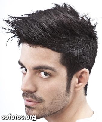 corte de cabelo liso masculino moicano
