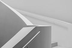 minimalism (Karl-Heinz Bitter) Tags: architektur deutschland europa leica wetzlar architecture europe germany weiss shades handlauf handrail minimalismus minimalistisch linien lines white monochrom monochrome fineart formen forms staircase karlheinzbitter