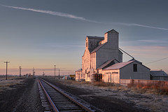 Gilcrest Elevator (Clay Fraser) Tags: gilcrest colorado elevator grain sunrise fujifilm xpro2 xf1655mm pinconnected