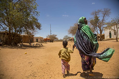 Somaliland_Mar17_0440 (GeorginaGoodwin) Tags: georginagoodwingeorginagoodwinimageskenyakenyaphotojournalistkenyanphotojournalist kenyaphotographer eastafricaphotographer kenyaphotojournalist femalephotographer idps refugees portraits portraitphotographer canon canon5dmarkiii canonphotos drought famine somalia somaliland malnutrition foodsecurity donorfunding aid foodaid wash health sanitation hornofafrica