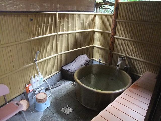 私たち用の露天風呂!|旅館めばえ荘