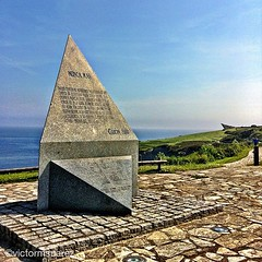 Monumento de Homenaje a las Vctimas... (AsturIphone) Tags: sea seascape monumento asturias gijon holocausto uploaded:by=flickstagram estoesasturias igersasturias victormsuarez instagram:photo=2011286946727513378026757 instagram:venue_name=monumentohomenajealasvc3adctimasdelholocausto instagram:venue=16880897