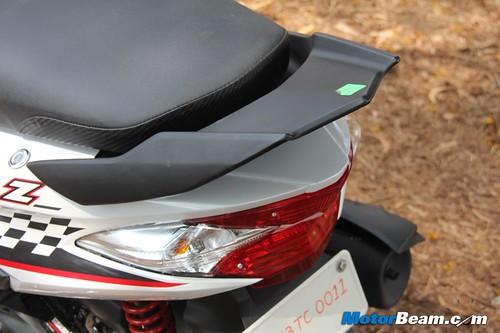 Yamaha-Ray-Z-02