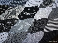 mais um Tessellation : {} (Carla Cordeiro) Tags: wip pb singer patchwork tessellation  curva tcnica  costuraemcurva carlacordeiro