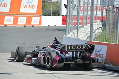 James Jakes in the apex of Turn 3 at Toronto (IndyCar Series) Tags: jamesjakes hondaindytoronto isospeedrating400 meteringmode5 fnumber7110 rahallettermanlaniganracing exposure1010000 cameranikond4 focallength200010