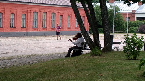 Fiddler in the fortress